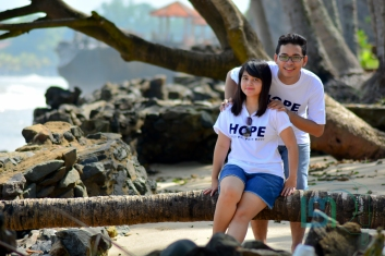 Foto Prewedding di pantai anyer (24 of 48)