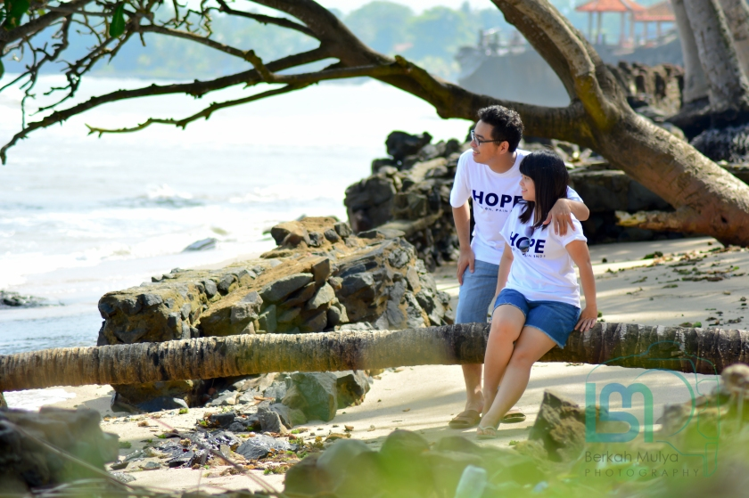 Foto Prewedding di pantai anyer (26 of 48)