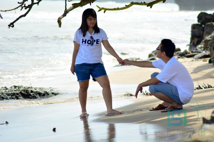 Foto Prewedding di pantai anyer (33 of 48)