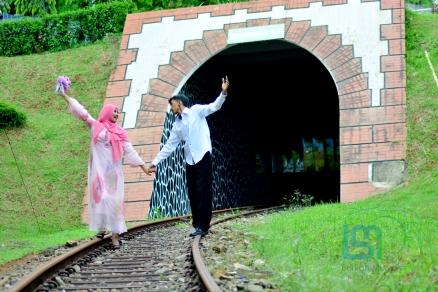 prewedding-di-jakarta-taman-mini-11
