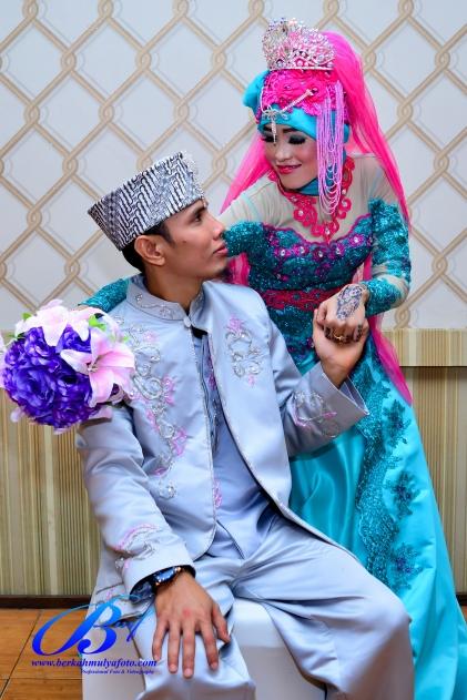 jasa-foto-wedding-di-restoran-bukit-randu-bandara-18