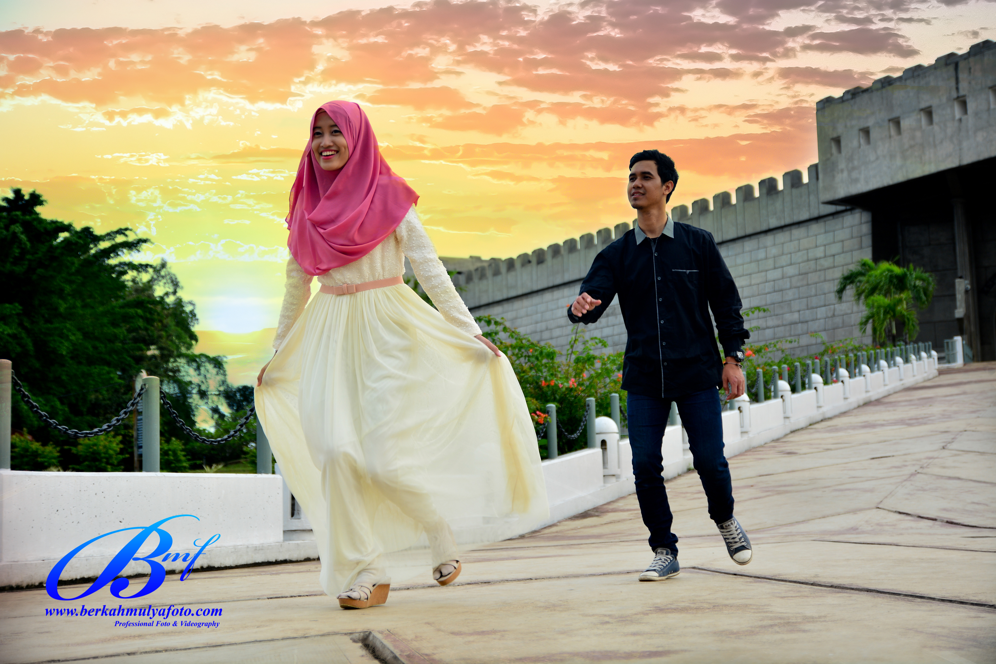 Jasa Foto Prewedding Di Taman Mini Indonesia Indah Pebby Silvi