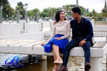 Jasa foto prewedding di taman mini (11)