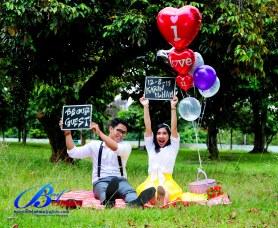 Jasa foto prewedding di taman mini (2)