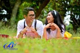 Jasa foto prewedding di taman mini (7)