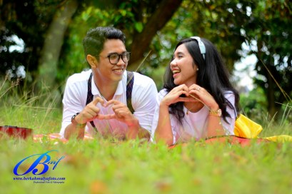 Jasa foto prewedding di taman mini (7)