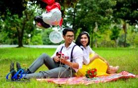 Jasa foto prewedding di taman mini (8)