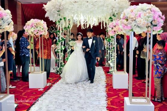 jasa foto wedding di graha mandiri jakarta (21)