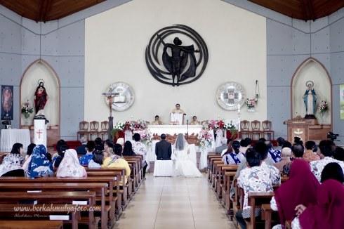 Jasa Foto Pemberkatan di Gereja Jakarta Selatan (11)