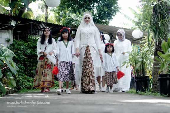 Jasa Foto Wedding di Buni Manten Ciputat (15)