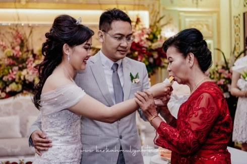 Jasa Foto Pemberkatan di Gereja & Resepsi Pernikahan (22)