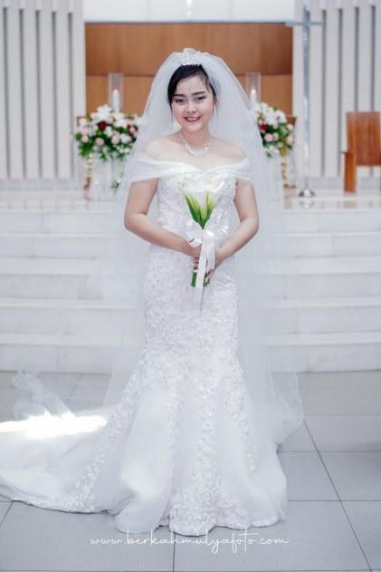 Jasa Foto Pemberkatan di Gereja & Resepsi Pernikahan (35)