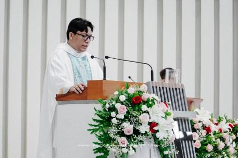 Jasa Foto Pemberkatan di Gereja & Resepsi Pernikahan (8)